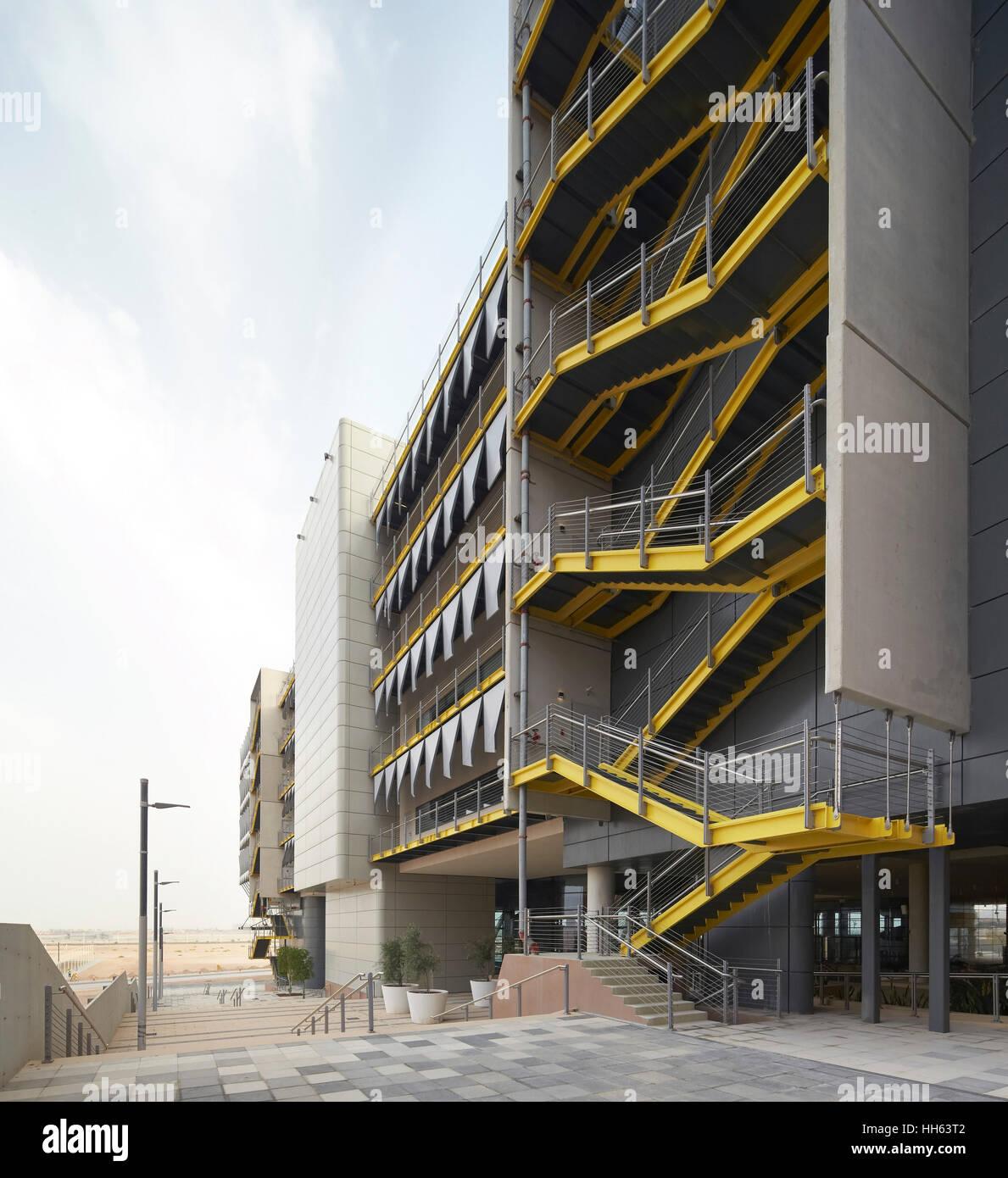Perspective with exterior stairwell  Siemens Masdar, Abu Dhabi Stock