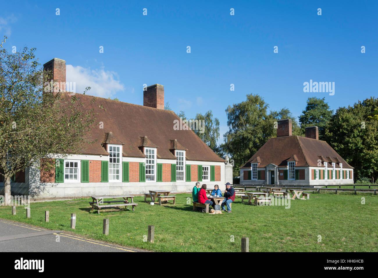 Garden at Magna Carta Tearoom, Windsor Road, Runnymede, Surrey, England, United Kingdom - Stock Image
