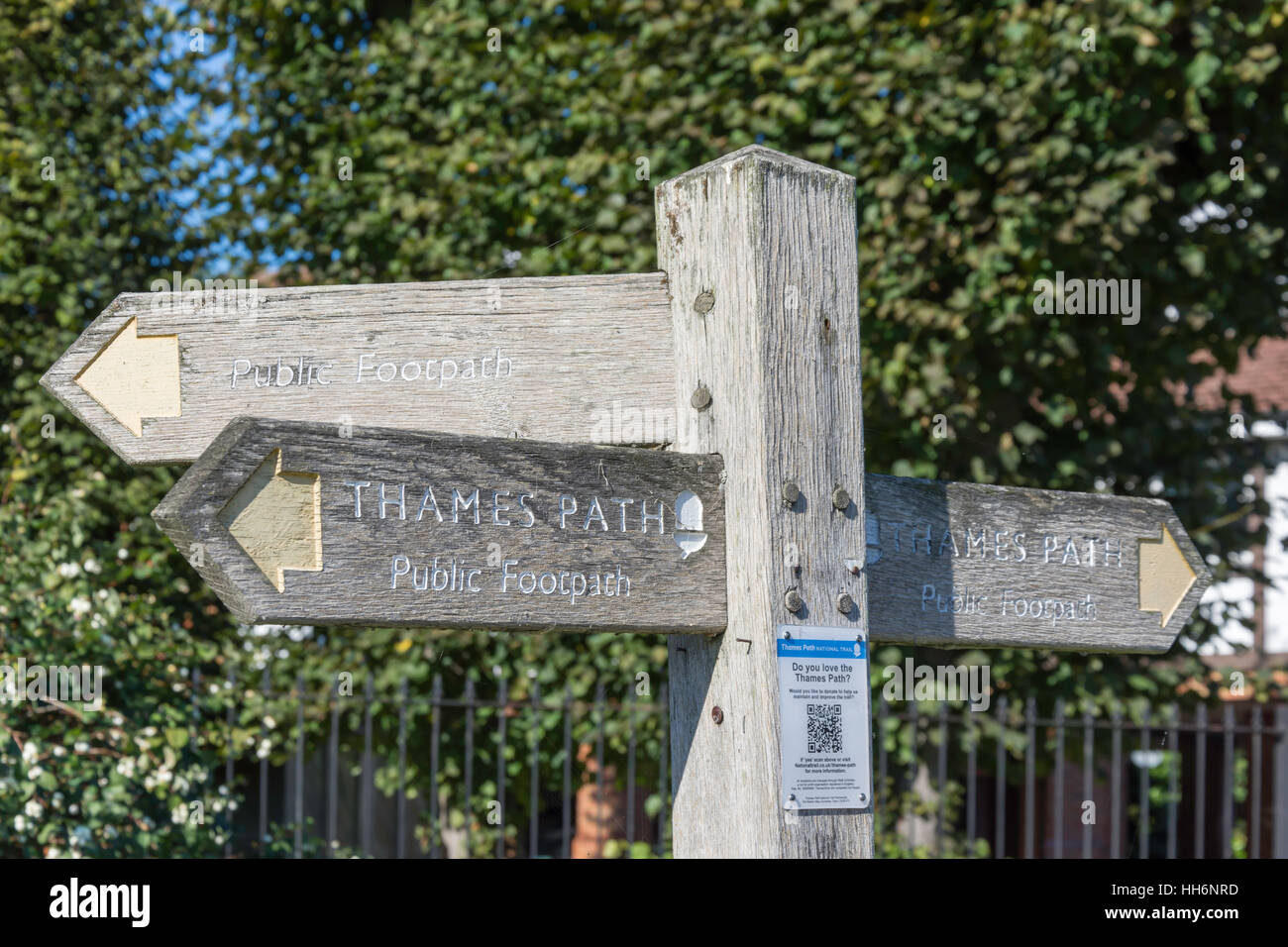 Thames Path sign post on River Thames towpath, Old Windsor, Berkshire, England, United Kingdom - Stock Image