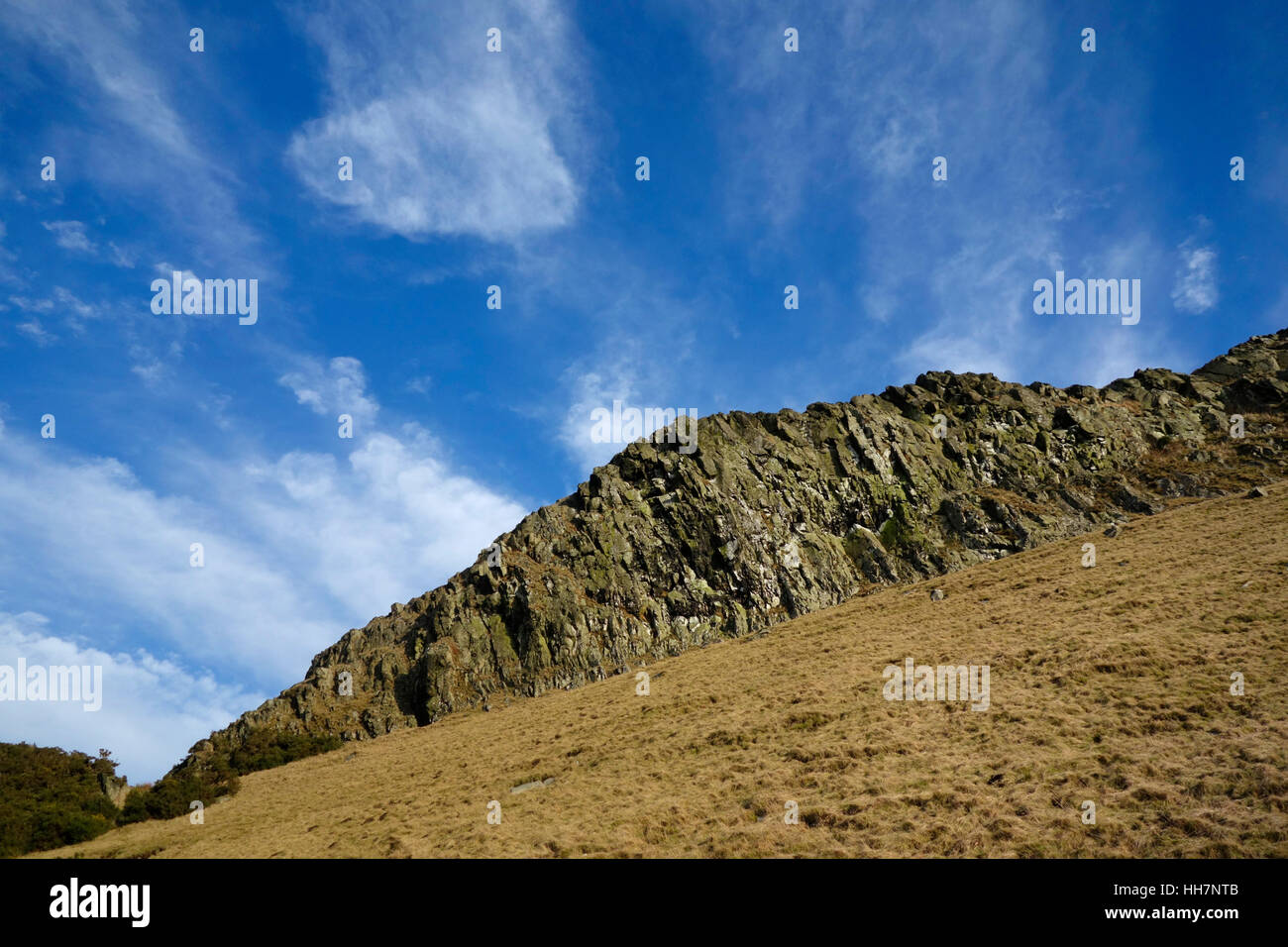 Looking up towards the top of Binny Craig from the west side of the hill - Stock Image