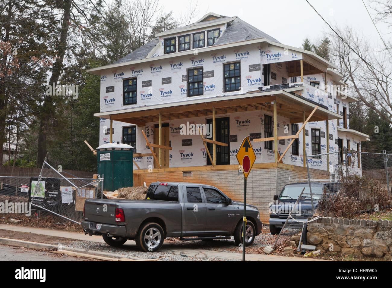 Large detached single-family house under construction - Washington, DC USA - Stock Image