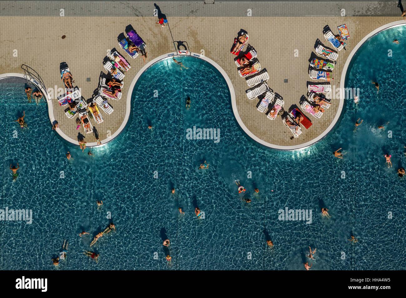 Freibad Annen, sunbathing, swimmers, leisure, waves, Witten-Annen, Witten, Ruhr area, North Rhine-Westphalia, Germany, - Stock Image