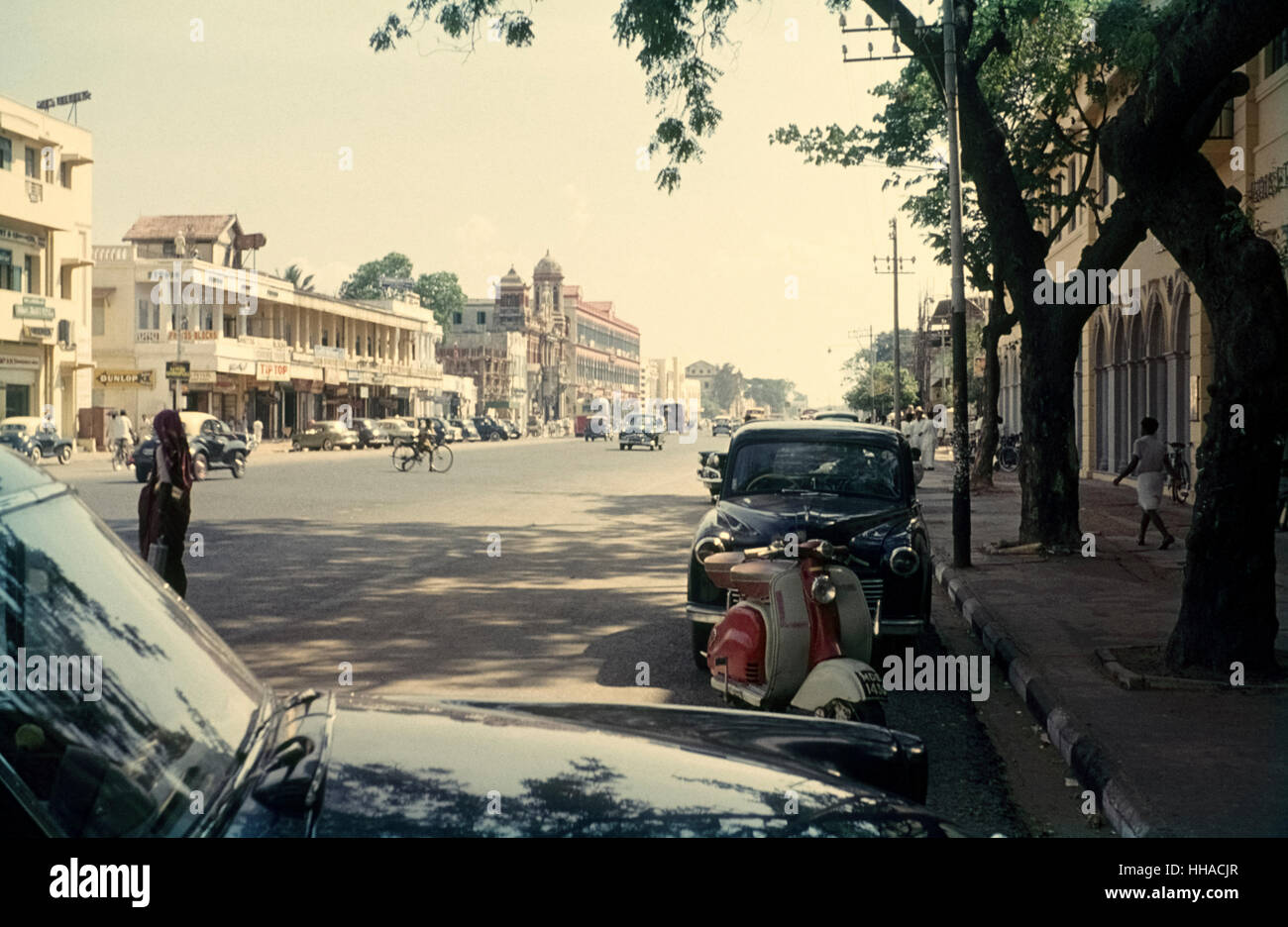Chennai in the early sixties. Straße in Chennai 1962 - Stock Image