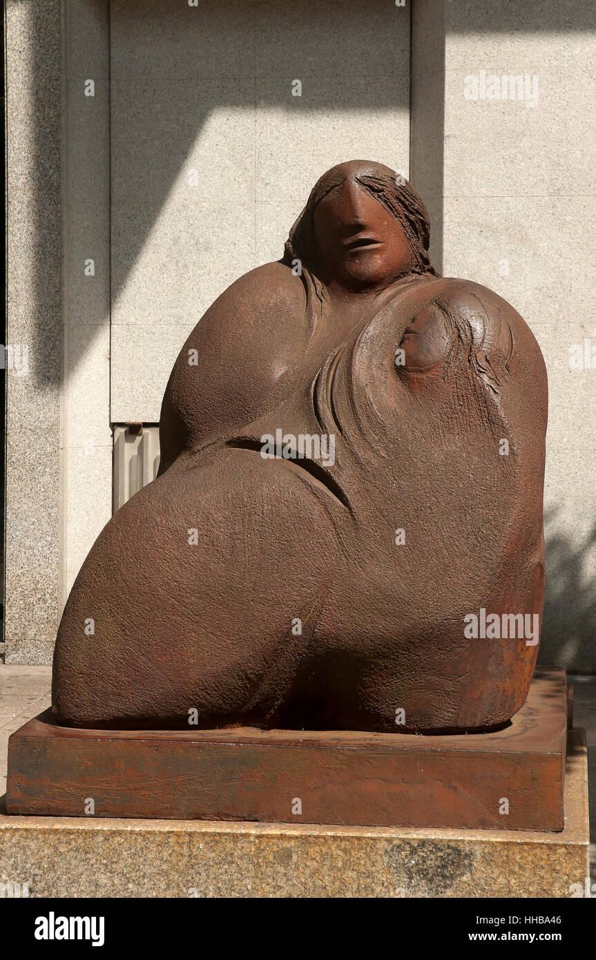 'Maternity', urban sculpture by Acisclo Manzano, Orense, Region of Galicia, Spain, Europe - Stock Image