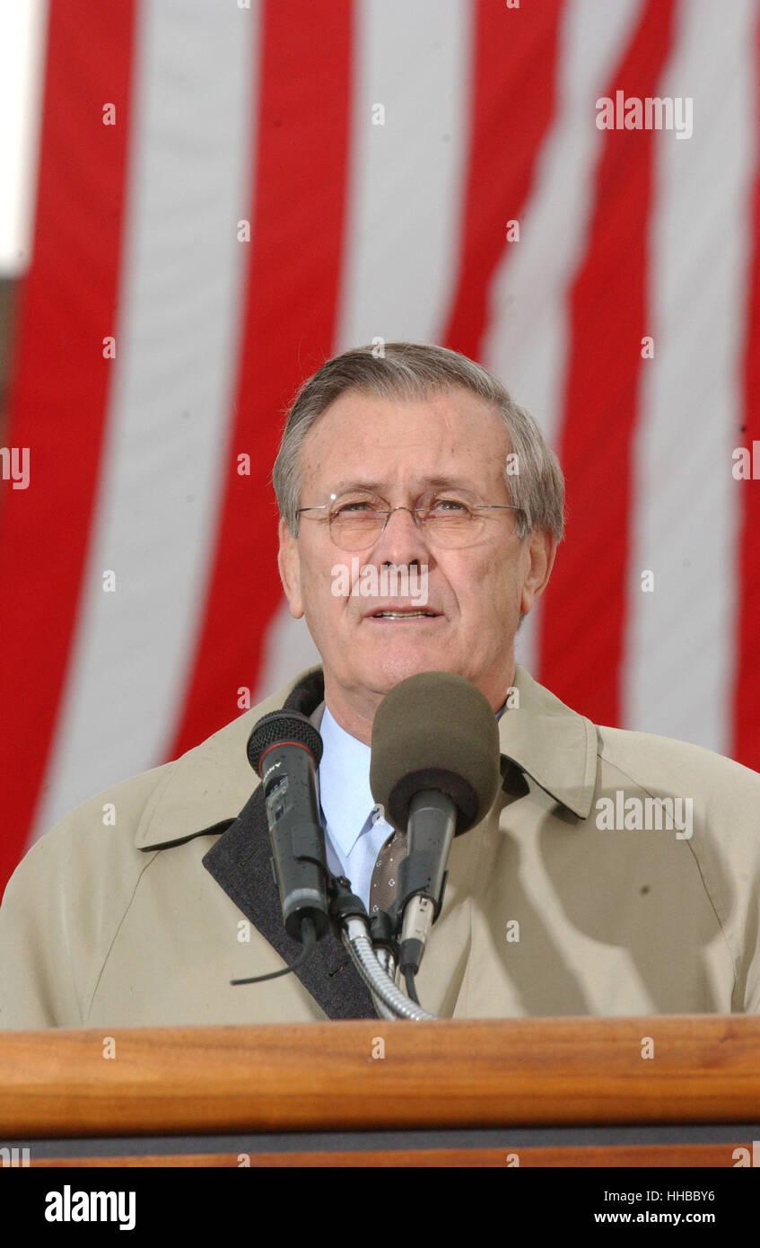 United States Secretary of Defense Donald Rumsfeld speaks to mark the 3 month anniversary of the terrorist attack - Stock Image