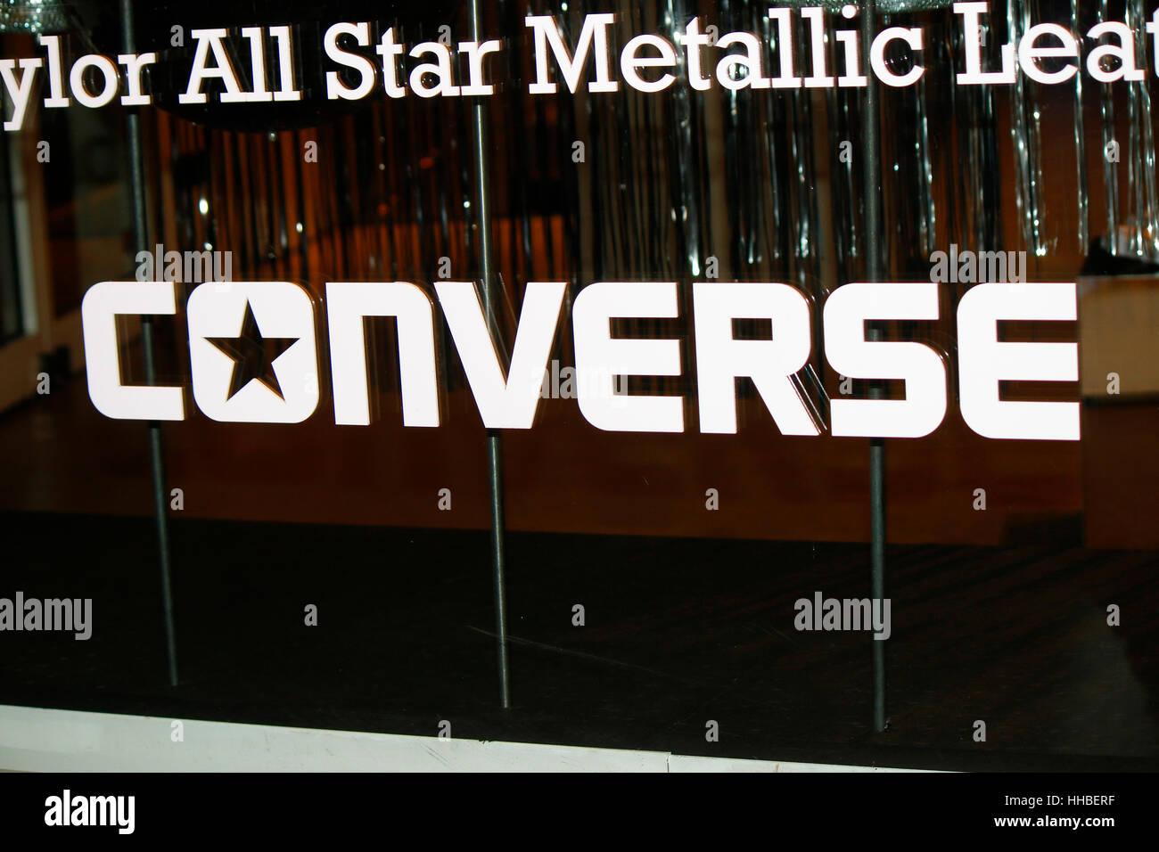 das Logo der Marke 'Converse', Berlin. - Stock Image