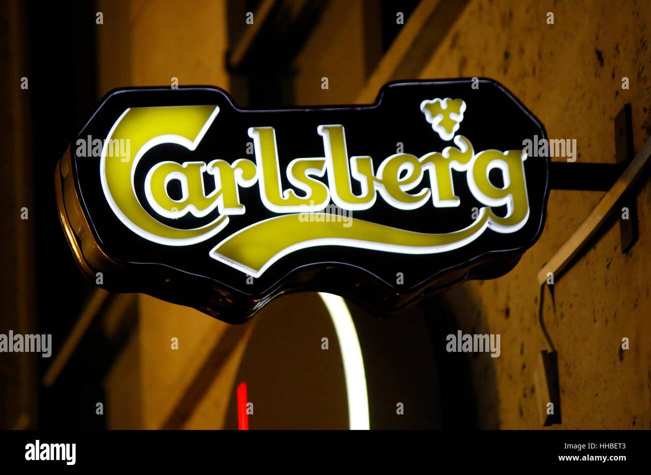 das Logo der Marke 'Carlsberg', Berlin. - Stock Image