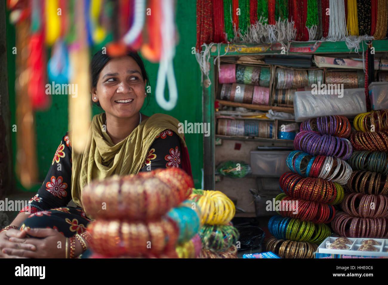 A bangle stall in Patan, an historical part of Kathmandu, Nepal - Stock Image