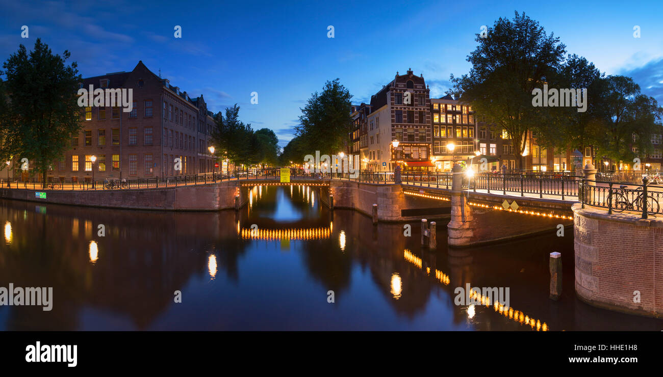 Prinsengracht canal at dusk, Amsterdam, Netherlands - Stock Image