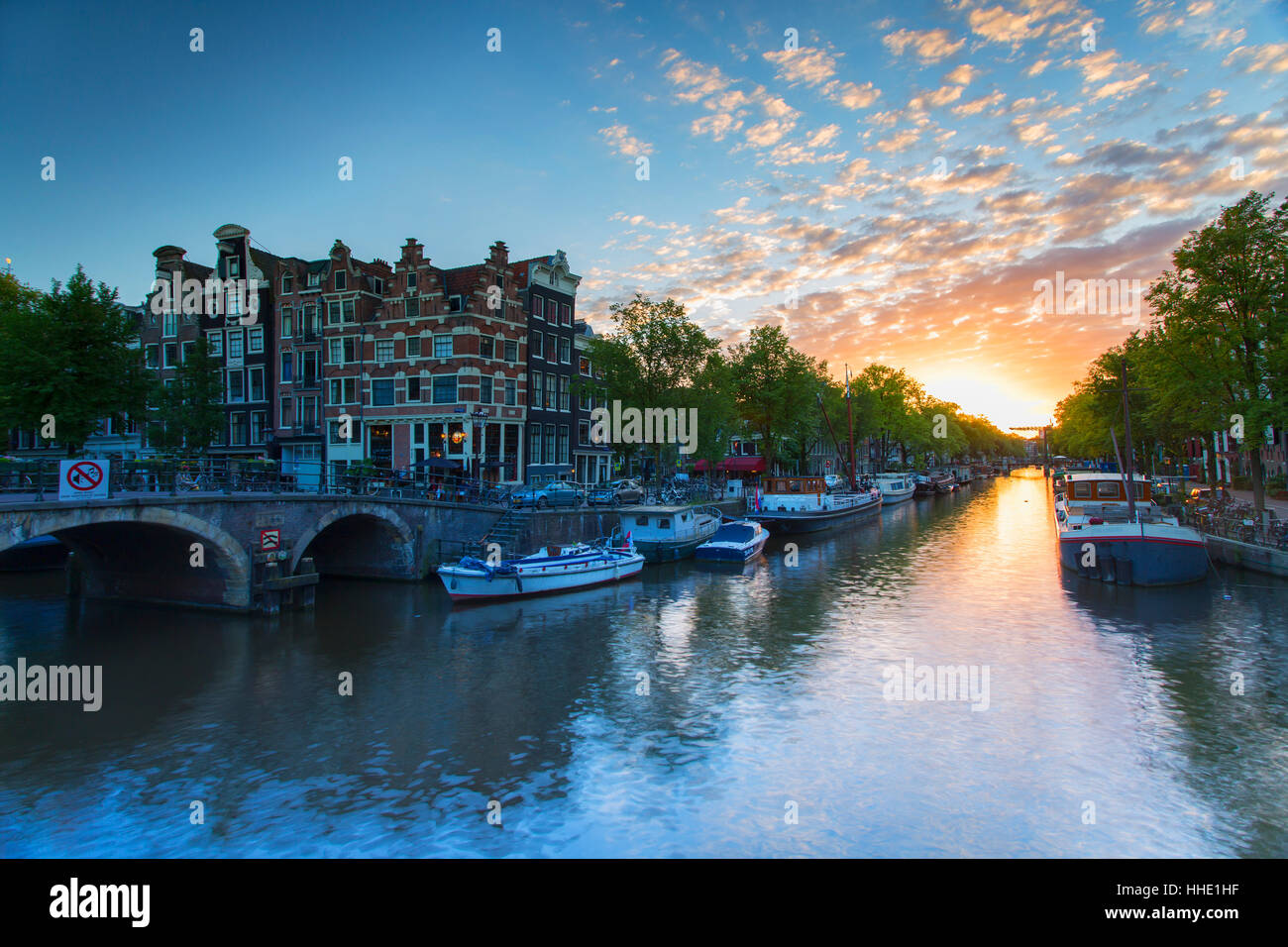 Prinsengracht and Brouwersgracht canals at sunset, Amsterdam, Netherlands Stock Photo