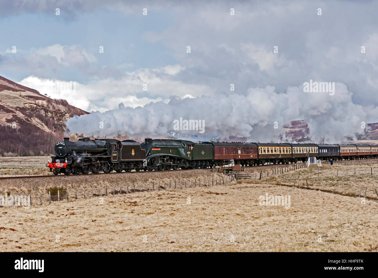 The North Briton Steam double header Black Five No. 45407 and A4 60009 Union of South Africa heading south north Stock Photo