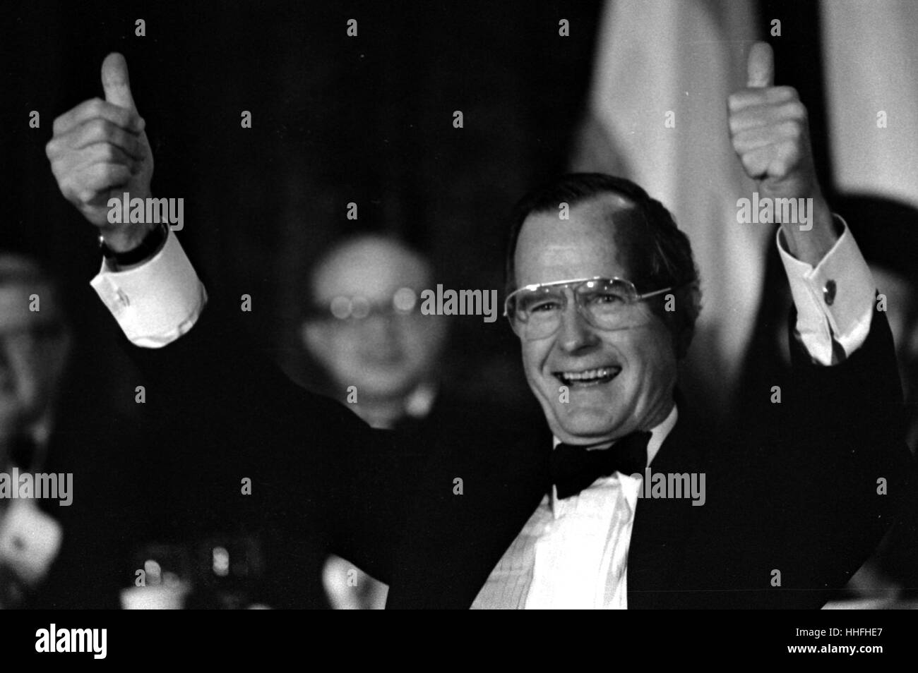 Pres George H. Bush All thumbs up as he is received at a dinner reception in Boson Ma 1992 - Stock Image
