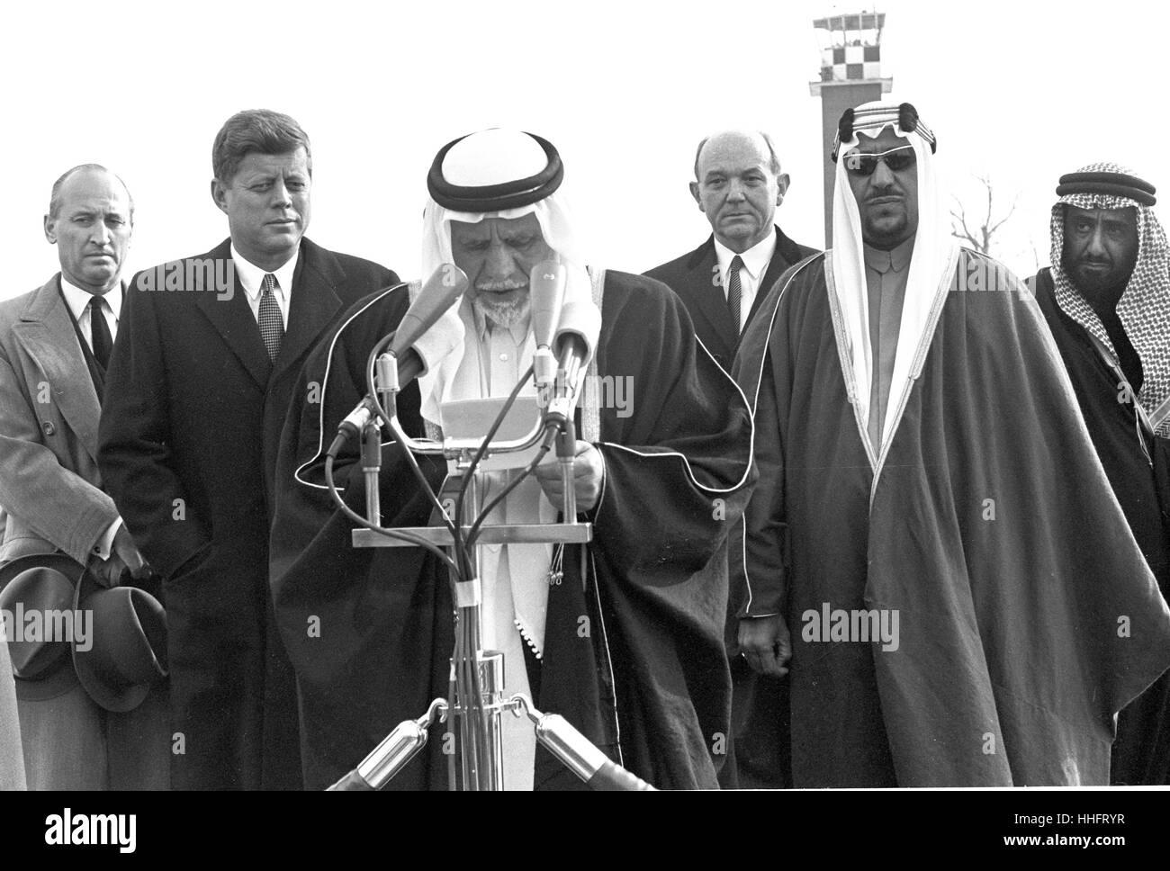 Founding King Abdulaziz Al-Saud and J. Kennedy 69