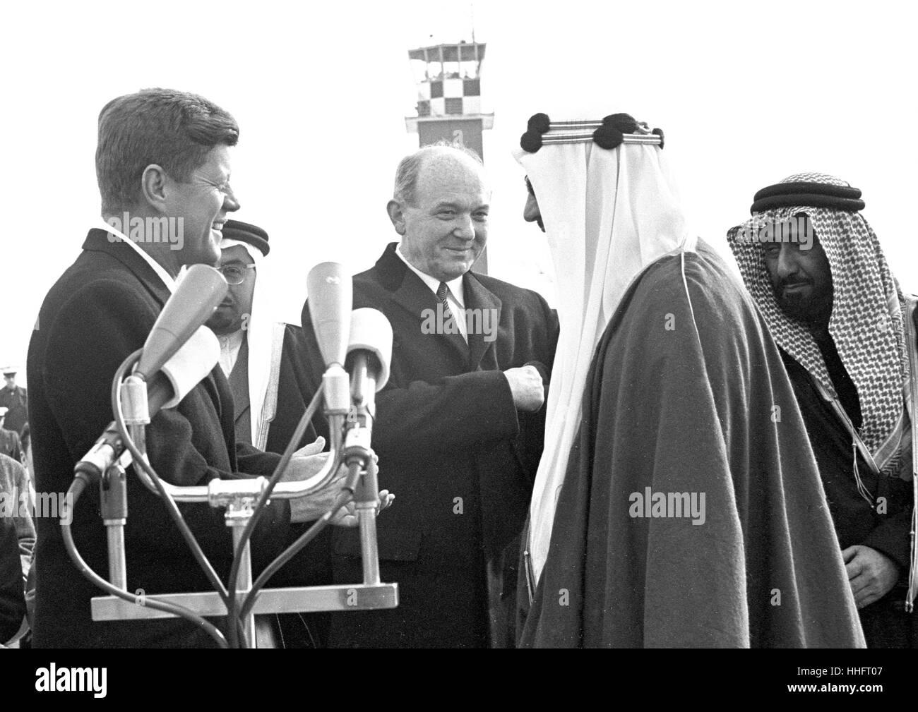 Founding King Abdulaziz Al-Saud and J. Kennedy 71