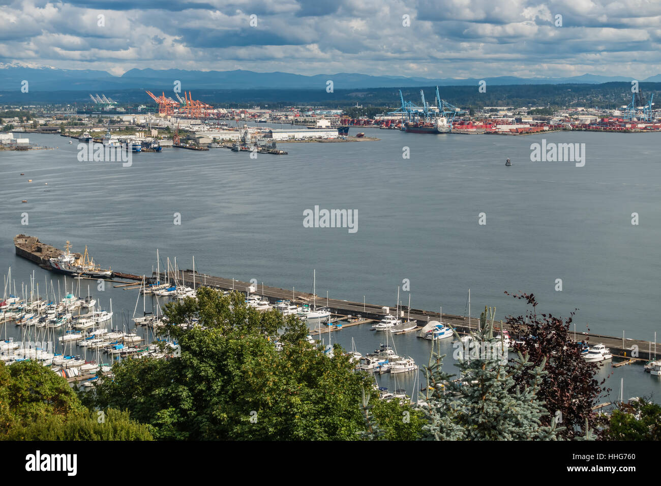 A view of a marina and the Port of Tacoma. - Stock Image