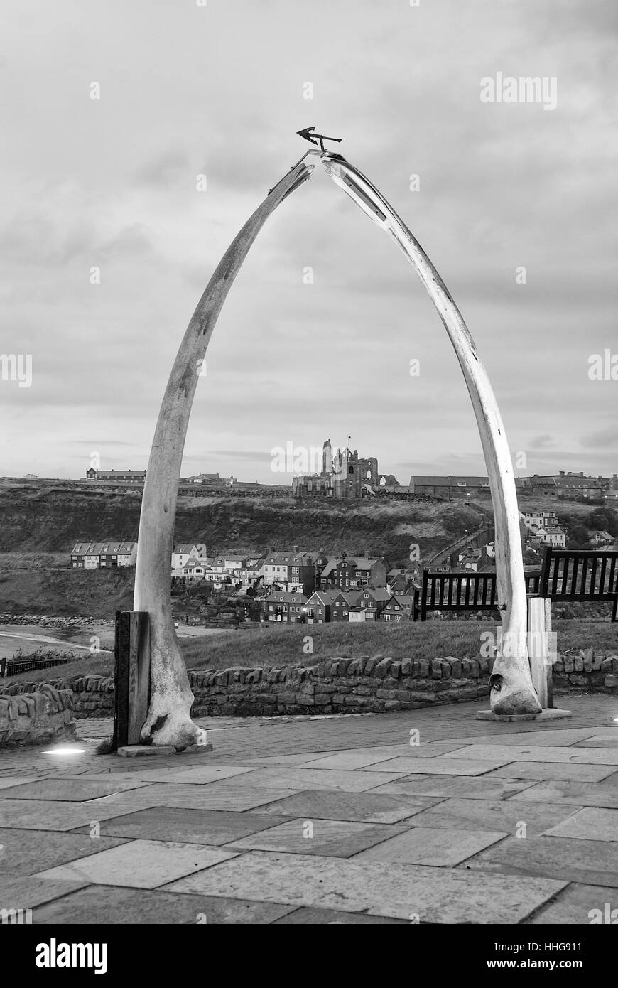 Whalebone Arch Whitby Stock Photos & Whalebone Arch Whitby Stock ...
