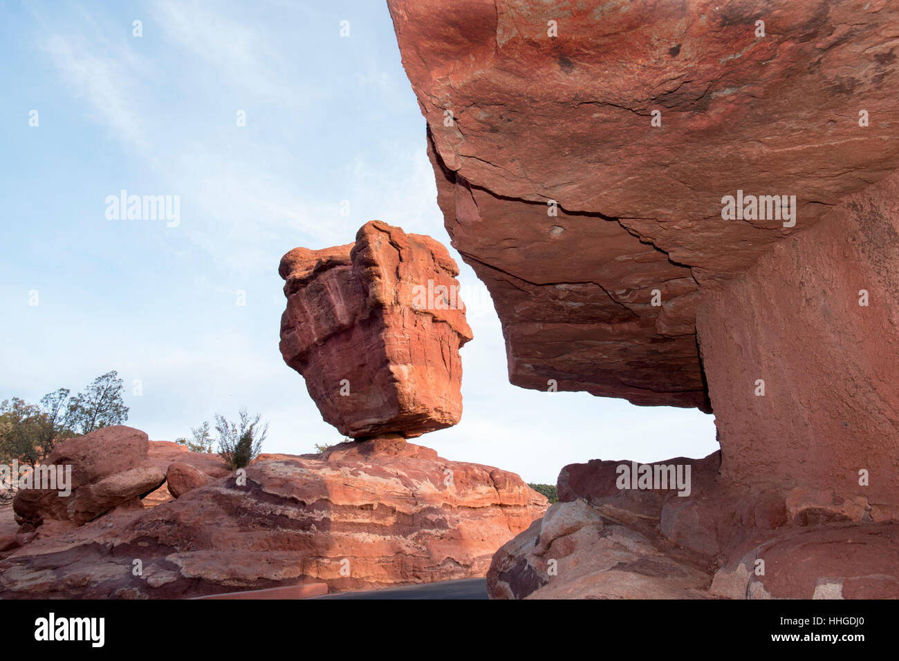 Balancing Rock in Garden of the Gods, Colorado Springs, Colorado - Stock Image