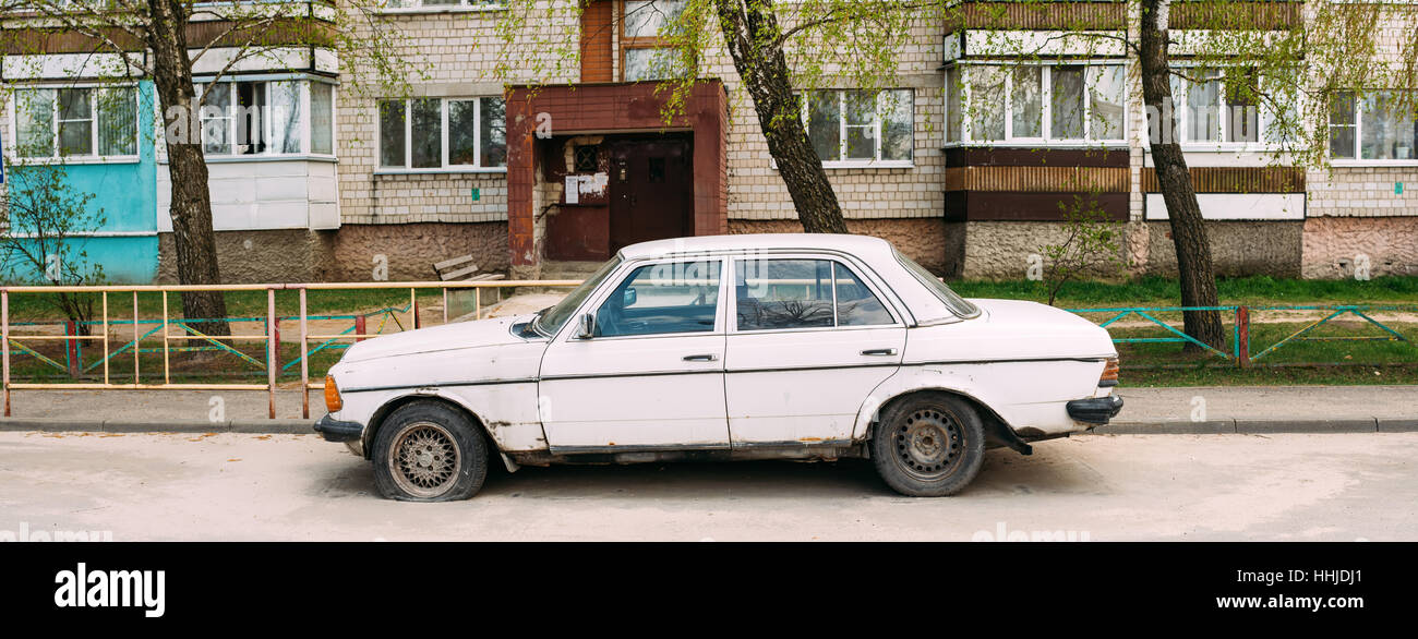 Old rusty car 1980 Mercedes-Benz 300 D (W123) sedan parking on Stock ...