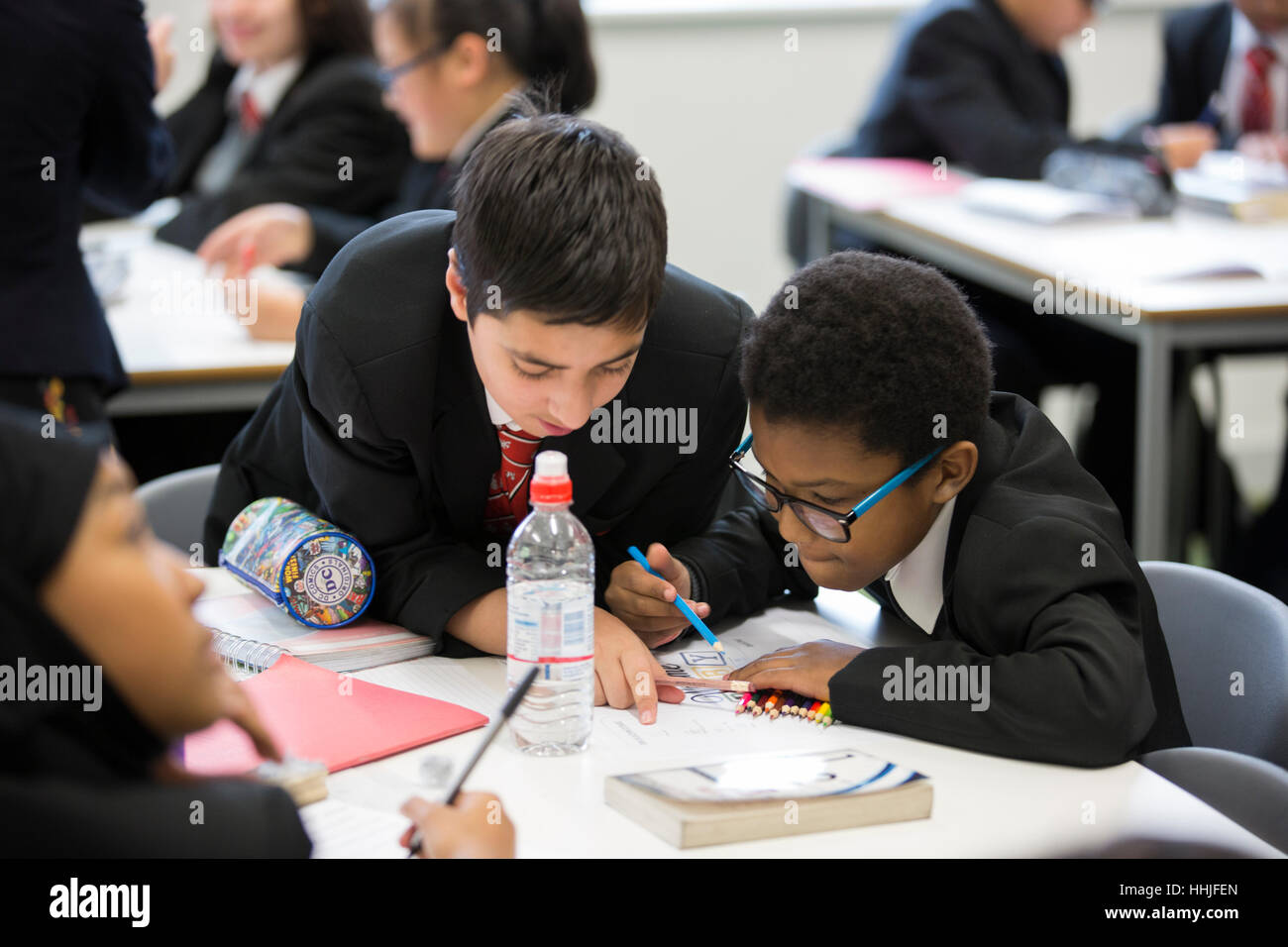 A lesson at the University of Birmingham School. The secondary school was set up by Birmingham University. - Stock Image