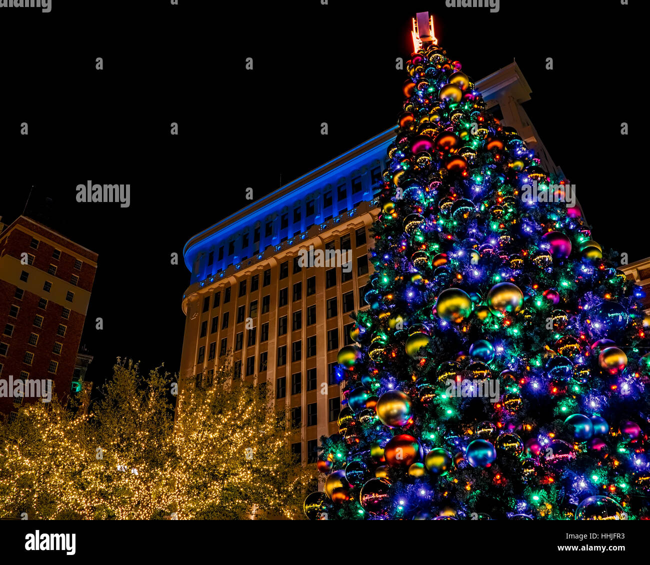 El Paso Christmas Lights.Christmas Lights At San Jacinto Plaza In The Center Of El