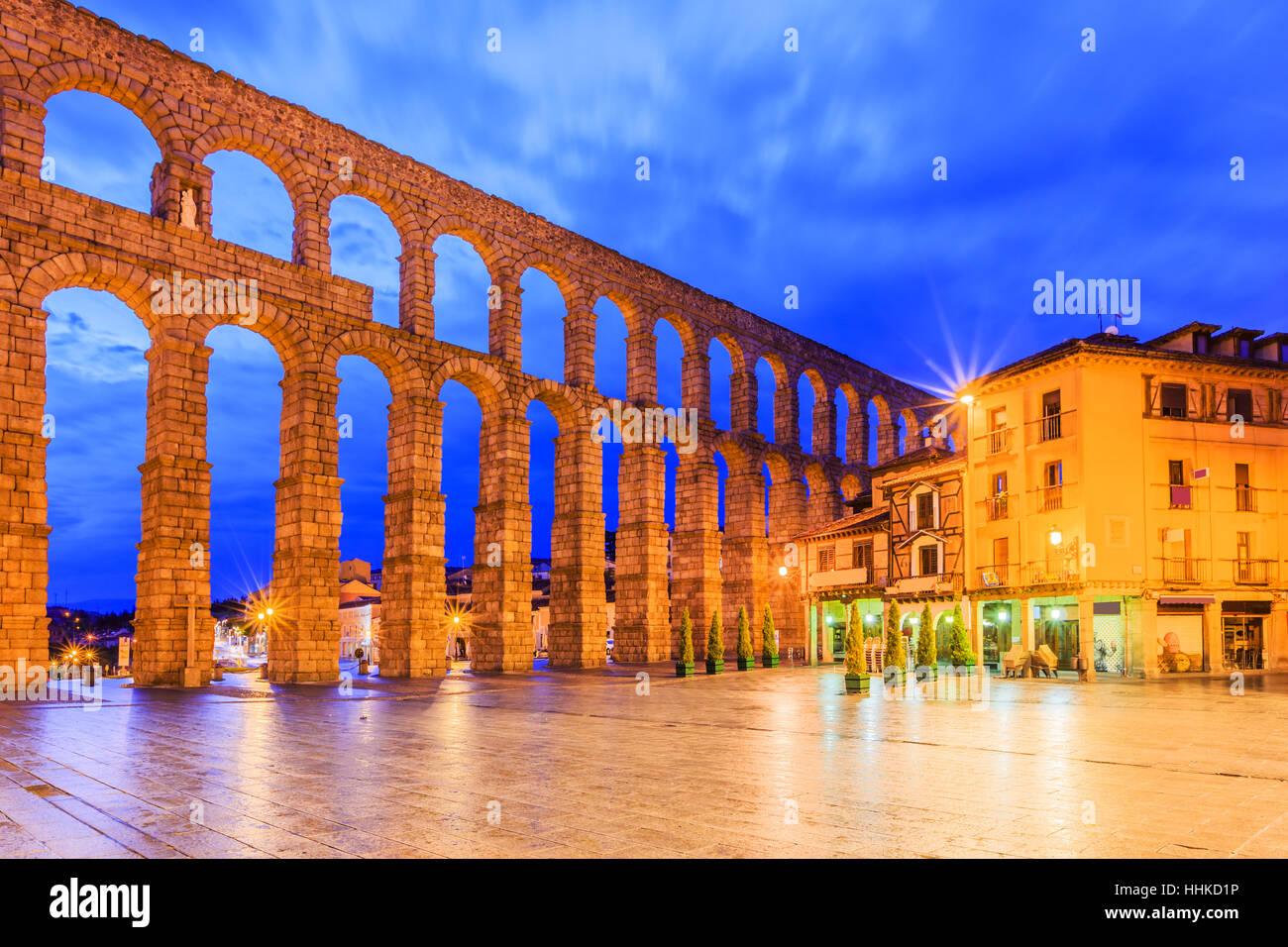 Segovia, Spain. Plaza del Azoguejo and the ancient Roman aqueduct. - Stock Image