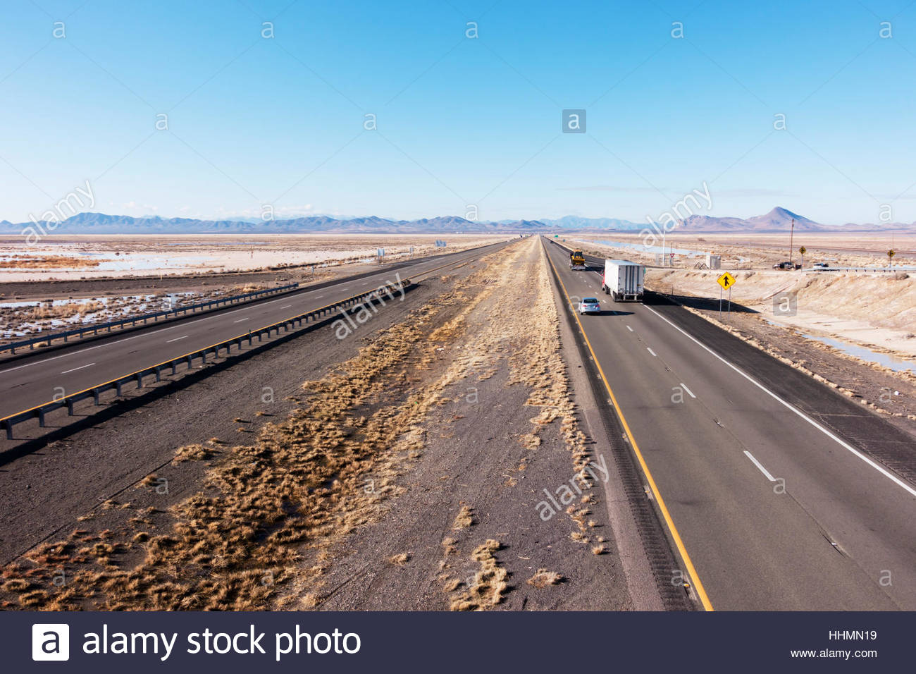 Interstate 10 in southwestern 'New Mexico' looking west 2 people barely visible - Stock Image