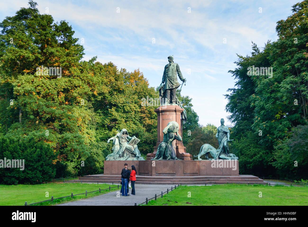 Berlin: Bismarck monument at the Großer Stern in Tiergarten, , Berlin, Germany - Stock Image