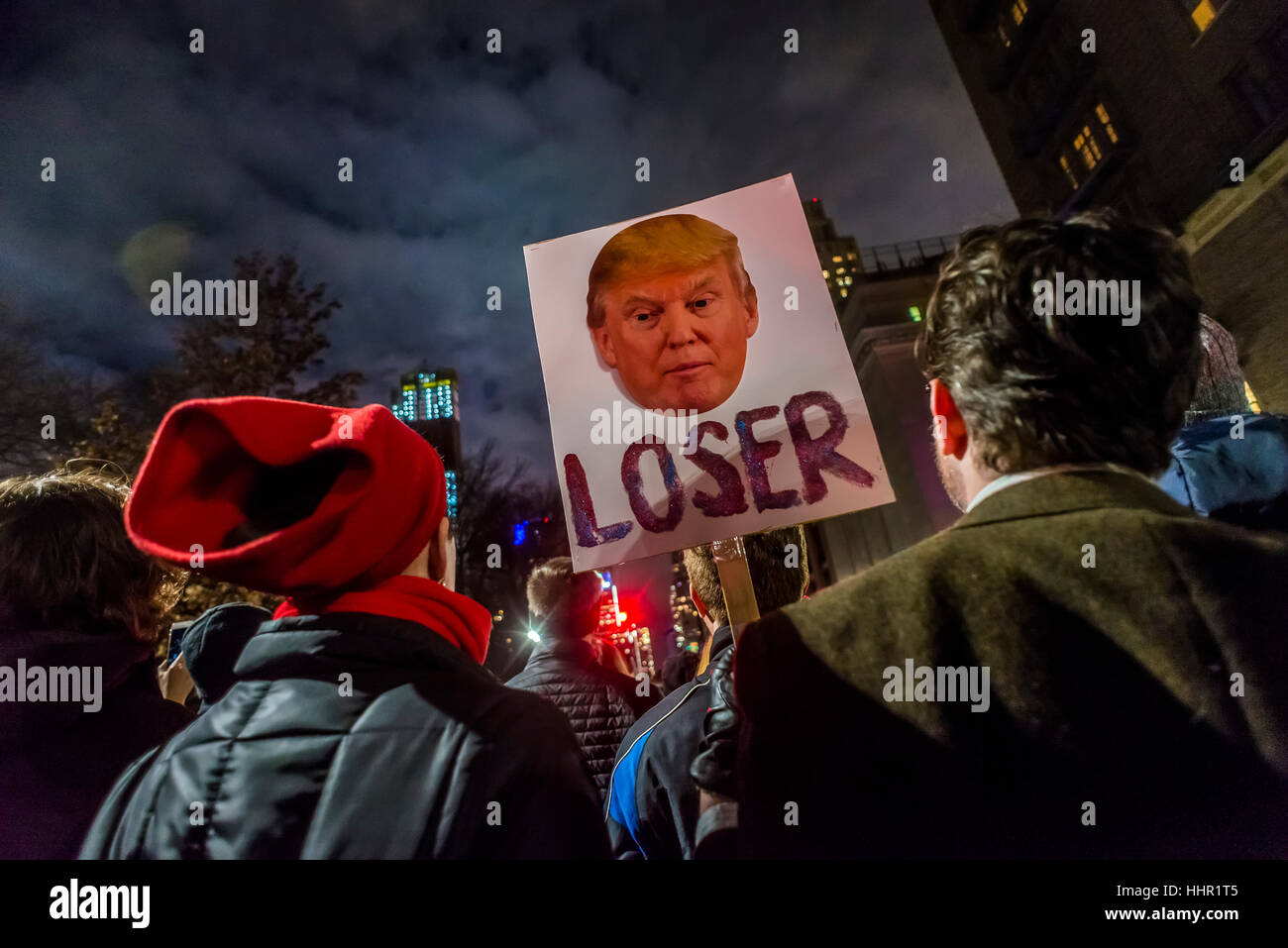 New York, USA. 19th January 2017. On the eve of the presidential inauguration thousands of New Yorkers rallied on - Stock Image