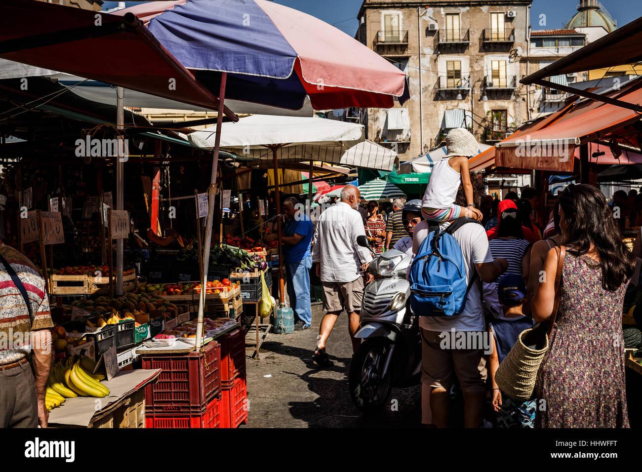 Ballarò market, Palermo, Sicily, Italy - Stock Image