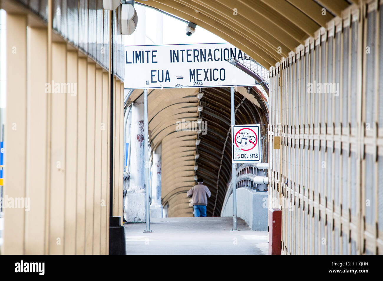 Juarez, Mexico and El Paso USA border - Stock Image
