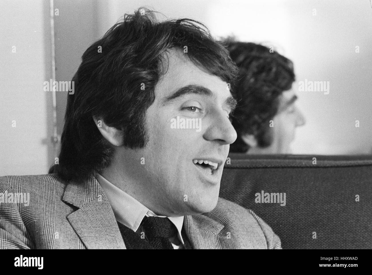 Anthony Newley, photographed during an interview in 1968 - Stock Image