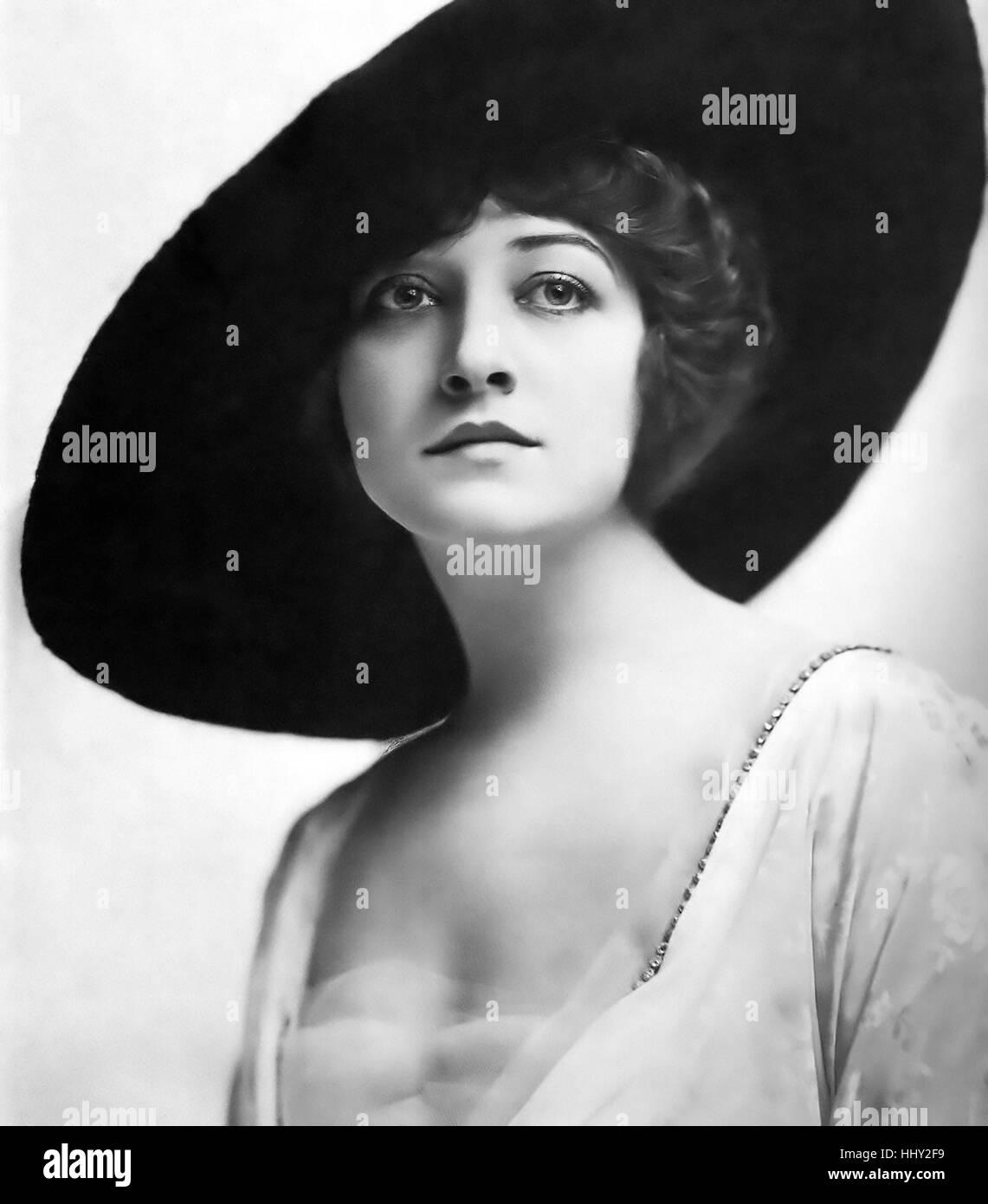 foto Pauline Johnson (actress)