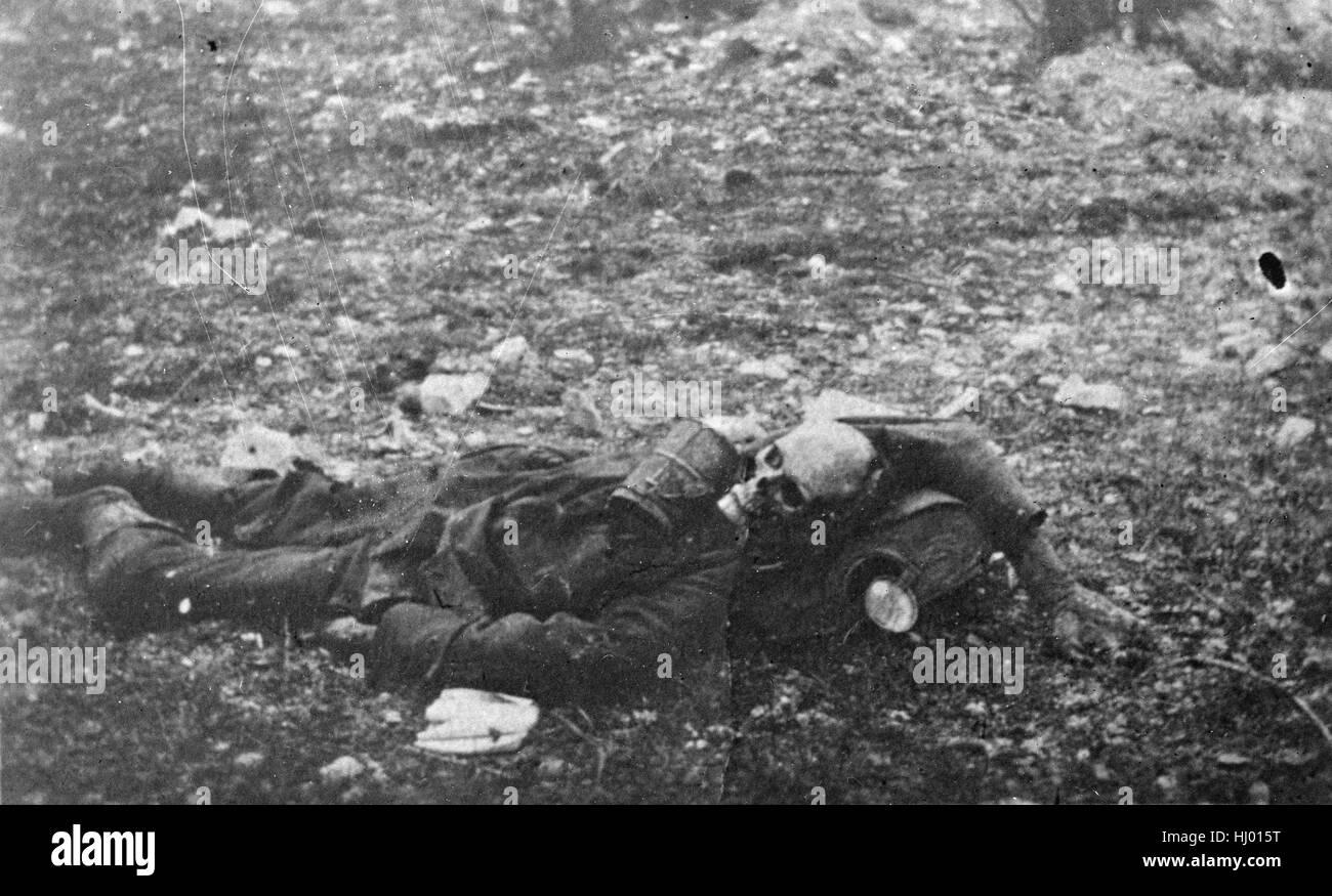 Antique c1919 photograph, human skeleton in uniform in World War I. - Stock Image