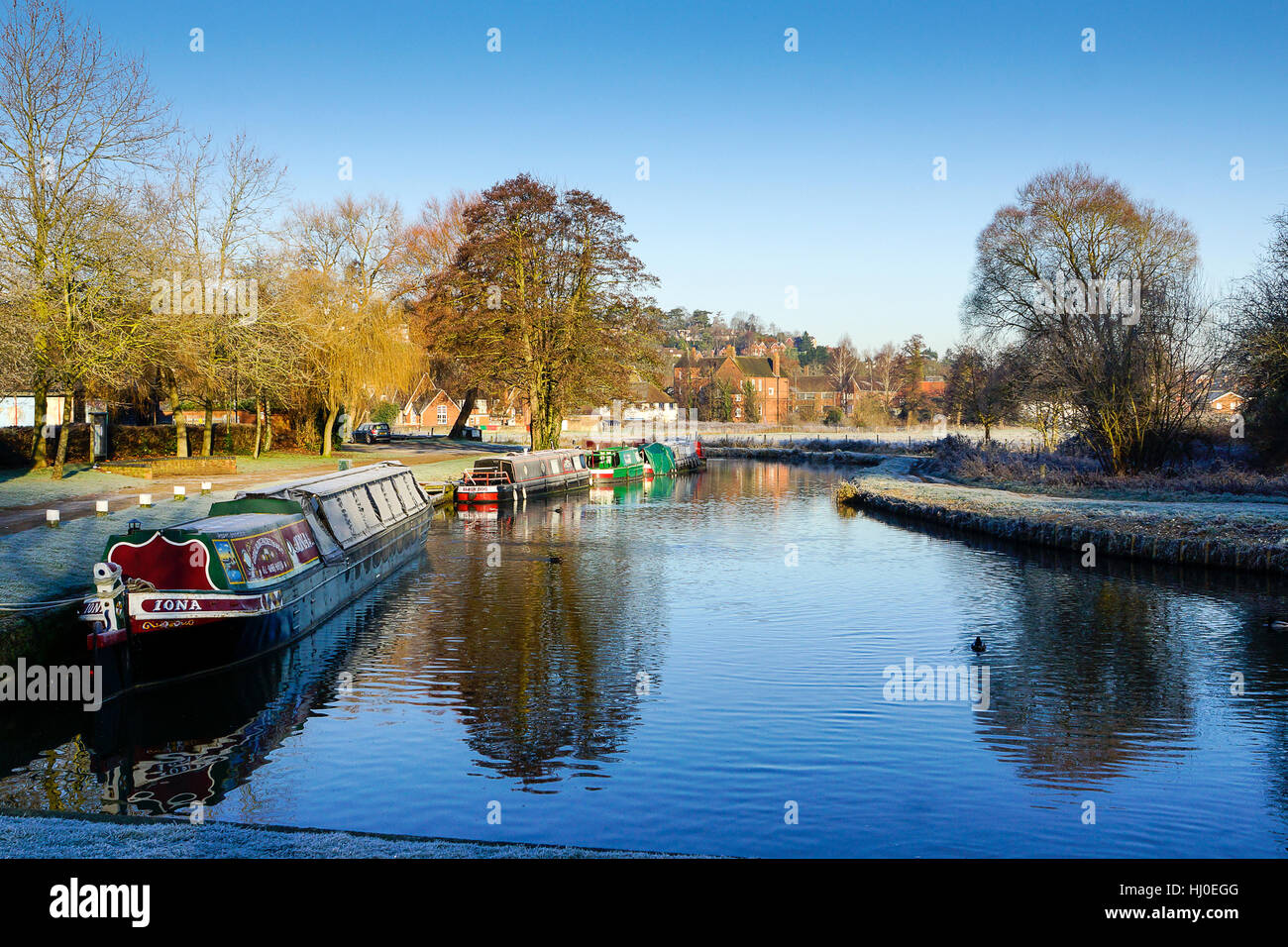 Borough Road, Godalming. 21st January 2017. Clear skies led to sub zero temperatures overnight in the Home Counties. - Stock Image