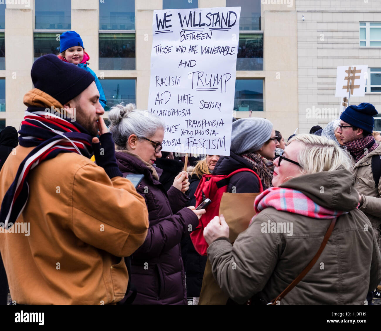 Berlin, Germany, 21st January 2017. Women, Men and Children gathered at the Pariser Platz outside the US Embassy - Stock Image