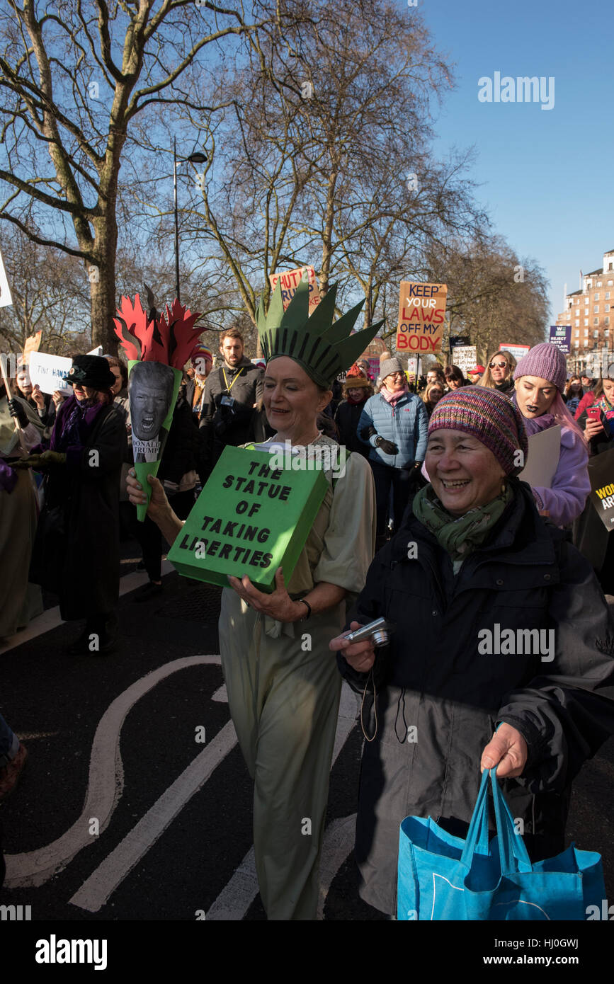 London, United Kingdom. 21st January 2017. Huge crowd turn out for Womans March on London. ©Peter Manning / - Stock Image