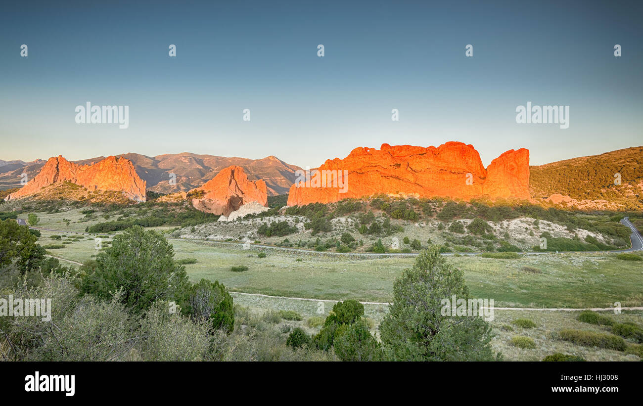 Dawn colors South Gateway, Signature, North Gateway, Kissing Camels, Tower of Babel (named rock formations) in Garden - Stock Image