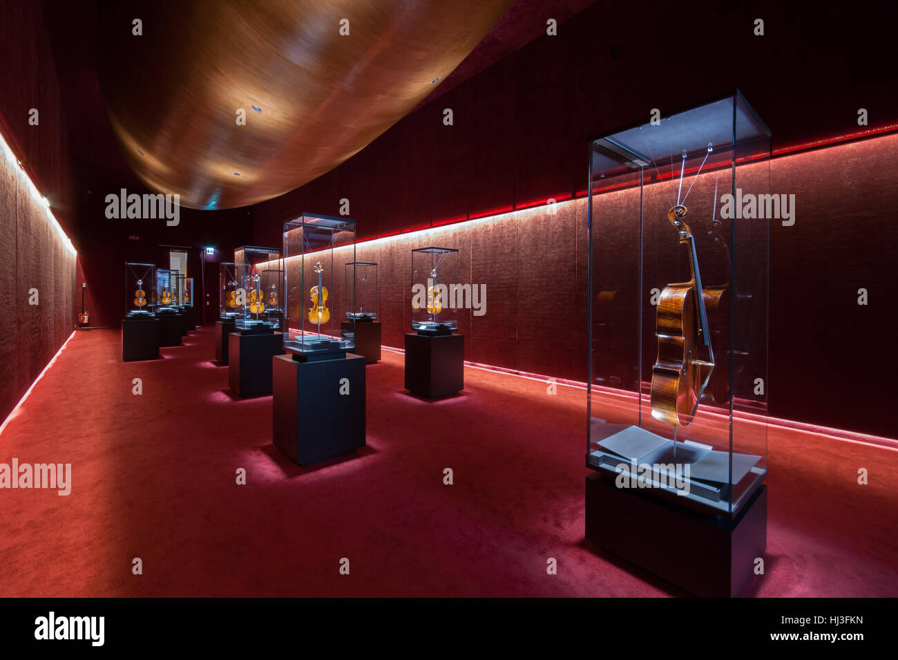 The 'Treasure Chest ' at the Violin Museum in Cremona - Inexhibit magazine - Stock Image