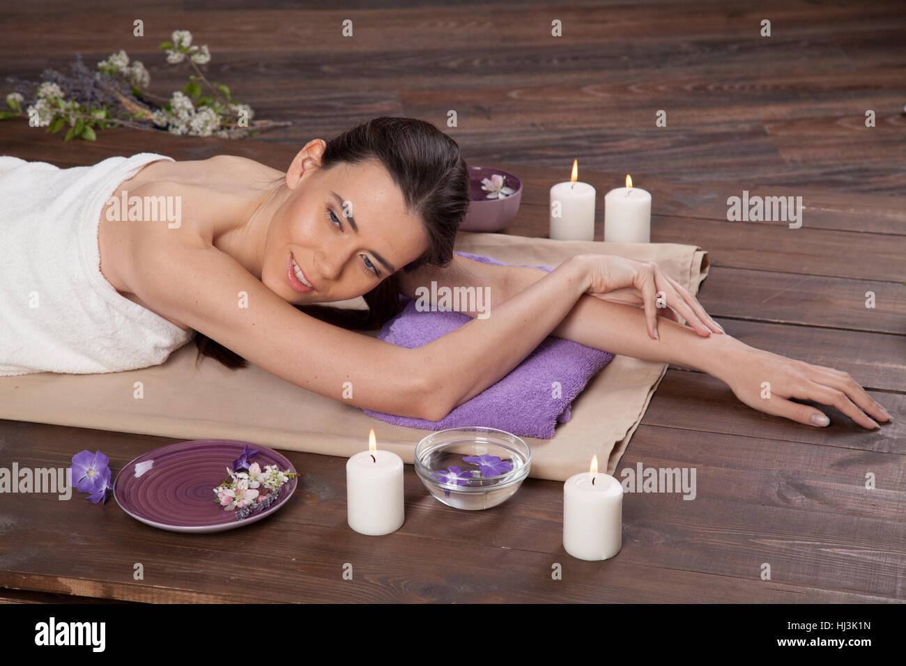 girl spa massage sauna relaxation bath stock photo: 131617185 - alamy