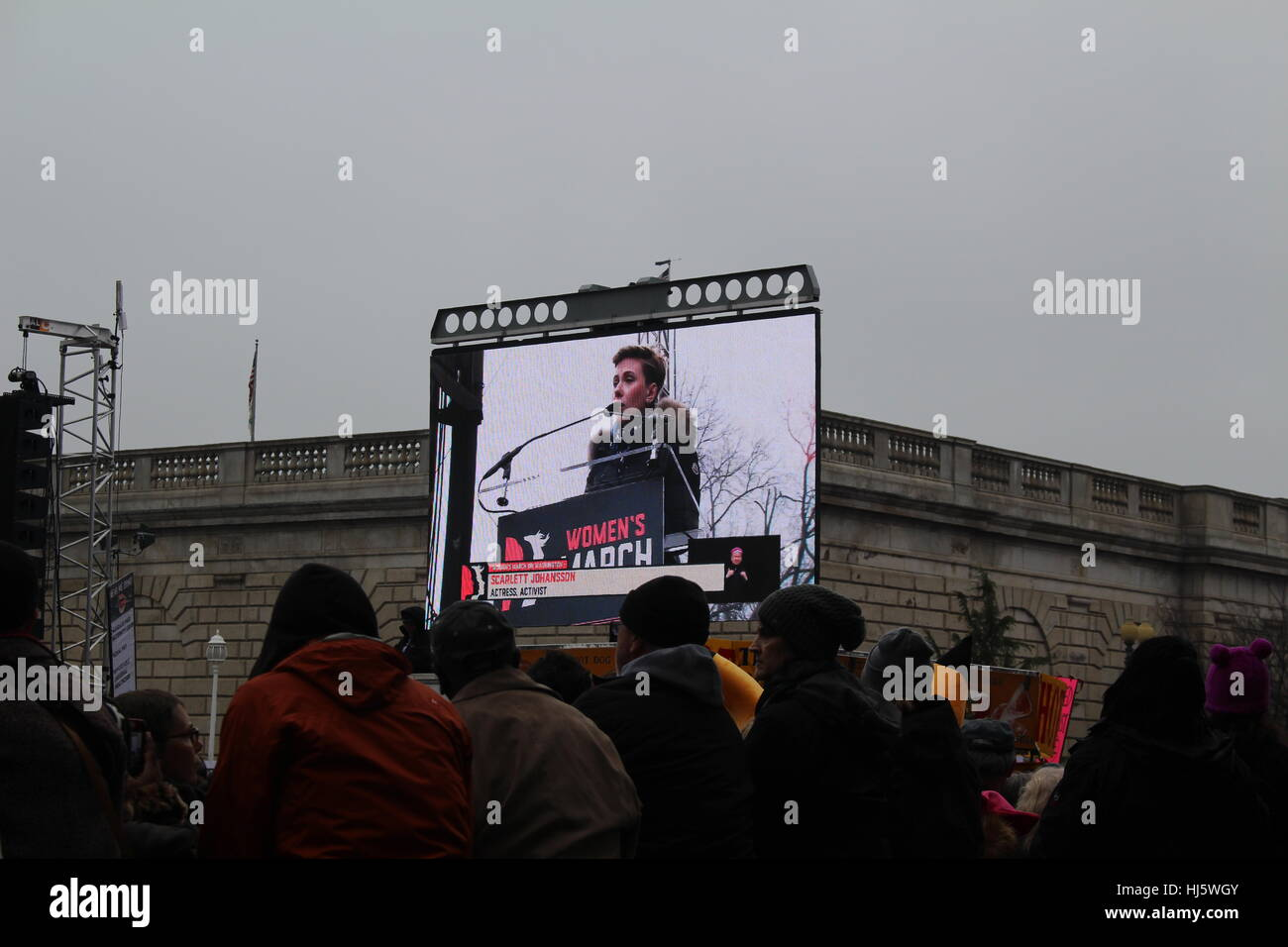 District of Columbia, USA. 21 Jan, 2017. Protesters watch actress and activist Scarlett Johansson on the livestream. - Stock Image