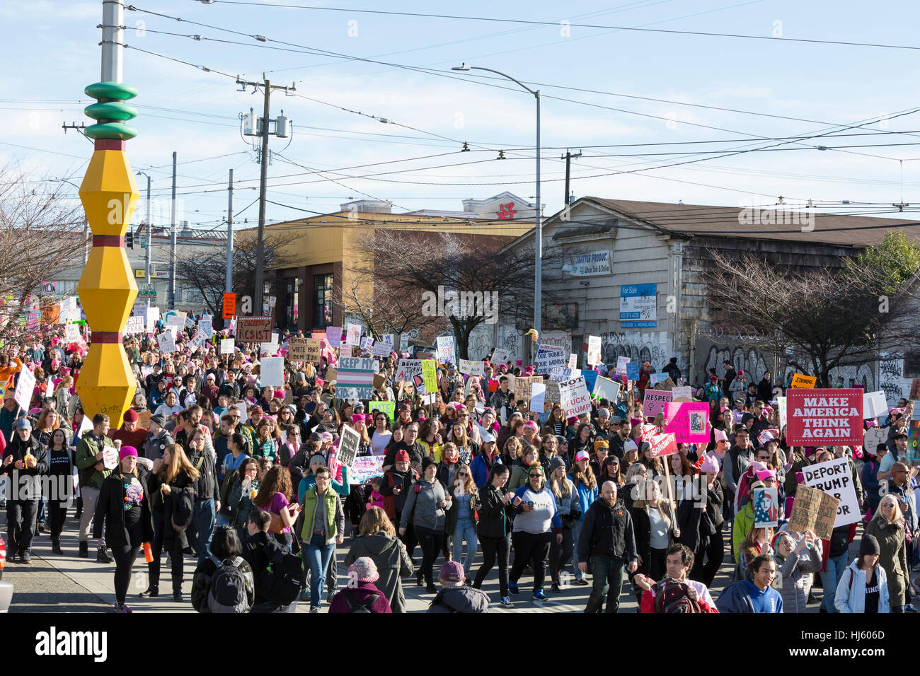 Seattle, United States. 21st Jan, 2017. Seattle, Washington: Supporters march through the International District. - Stock Image