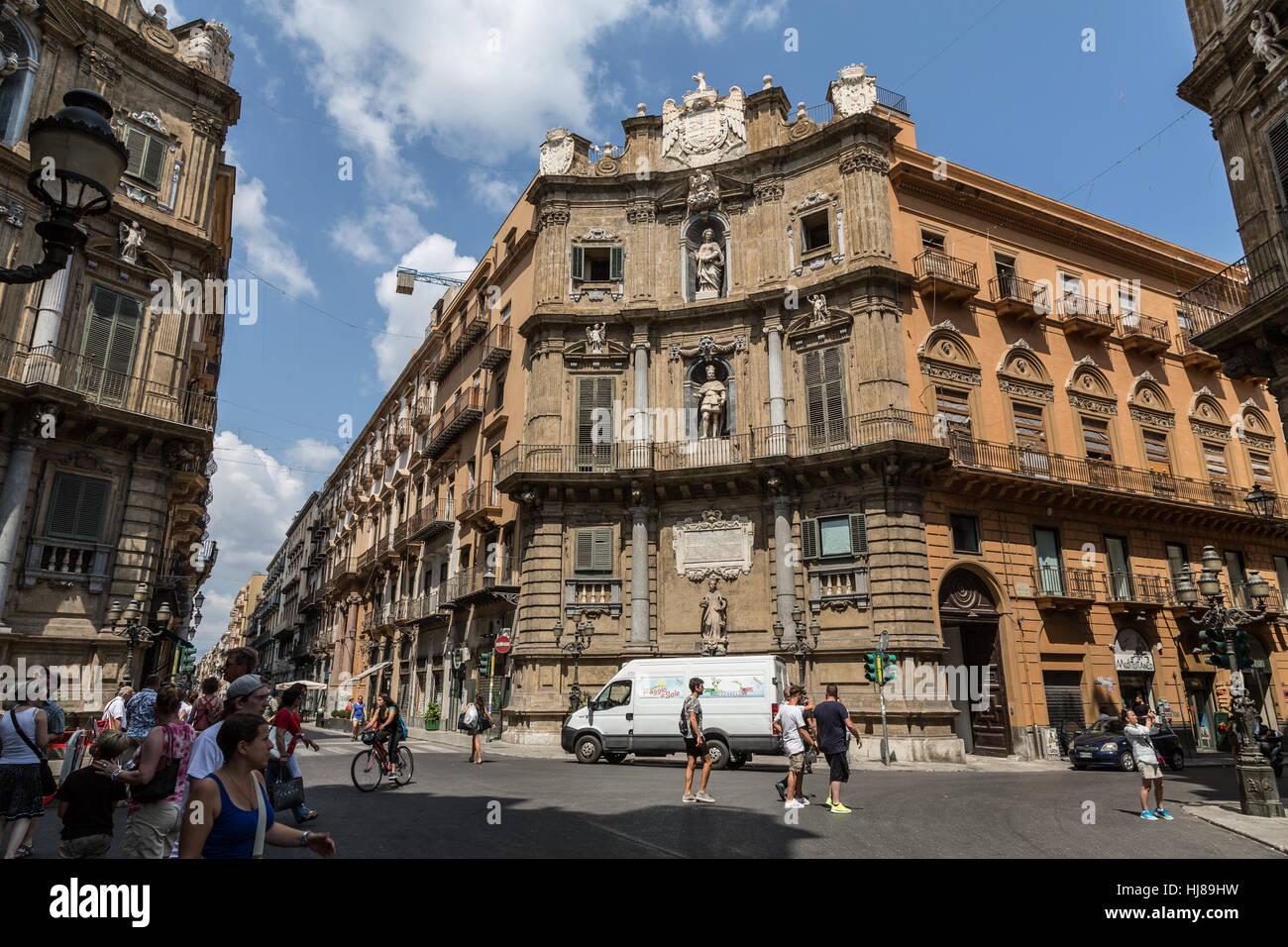 Quattro Canti (Piazza Vigliena) in  the intersection of Via Maqueda and Corso Vittorio Emanuele, Palermo,Sicily, Stock Photo