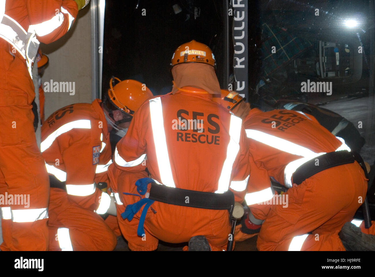 SES EMERGENCY RESCUE SERVICES AT THE SCENE OF A MOCK ROAD ACCIDENT IN SOUTH AUSTRALIA - Stock Image