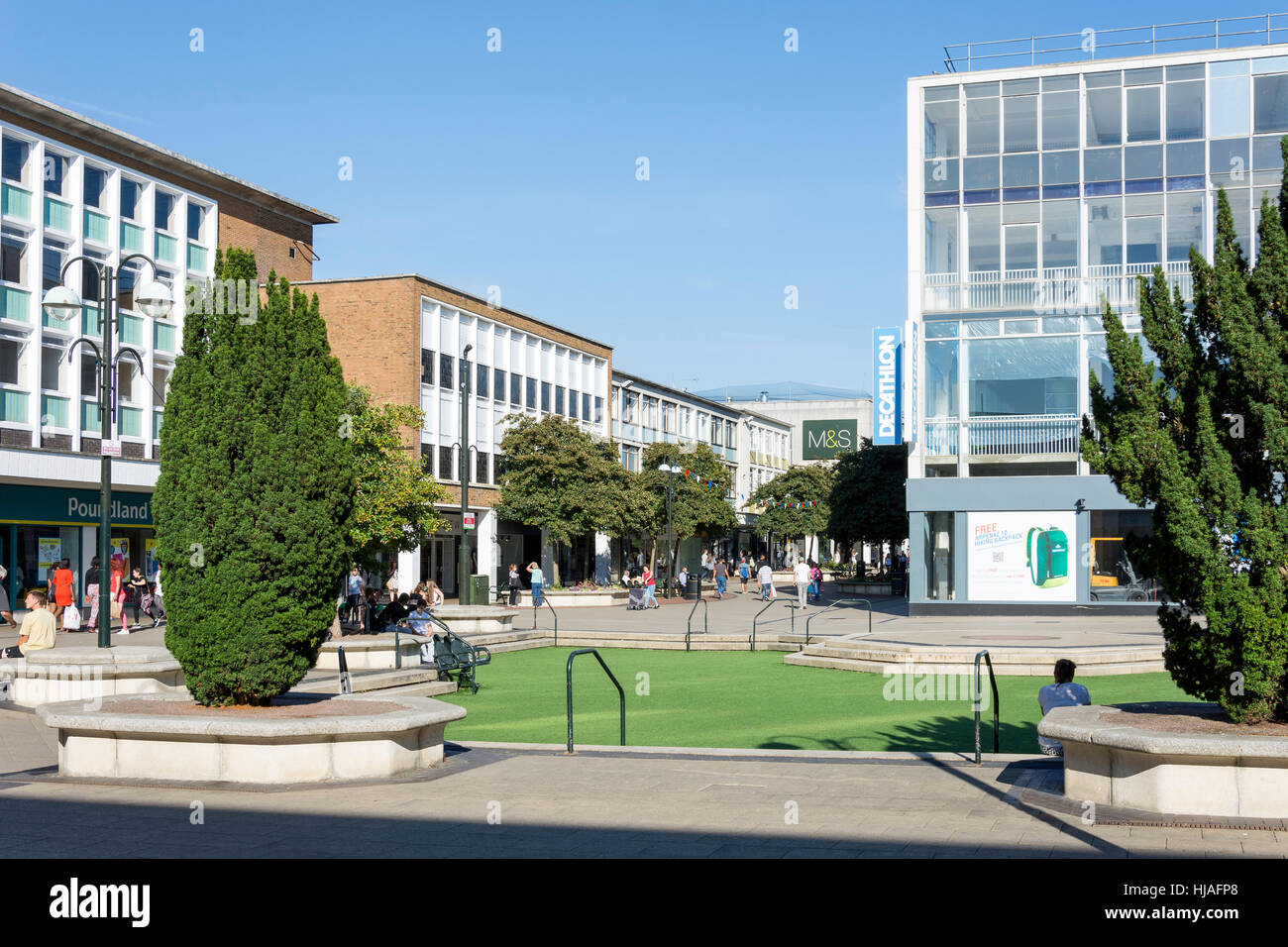 Queens Square, Crawley, West Sussex, England, United Kingdom - Stock Image