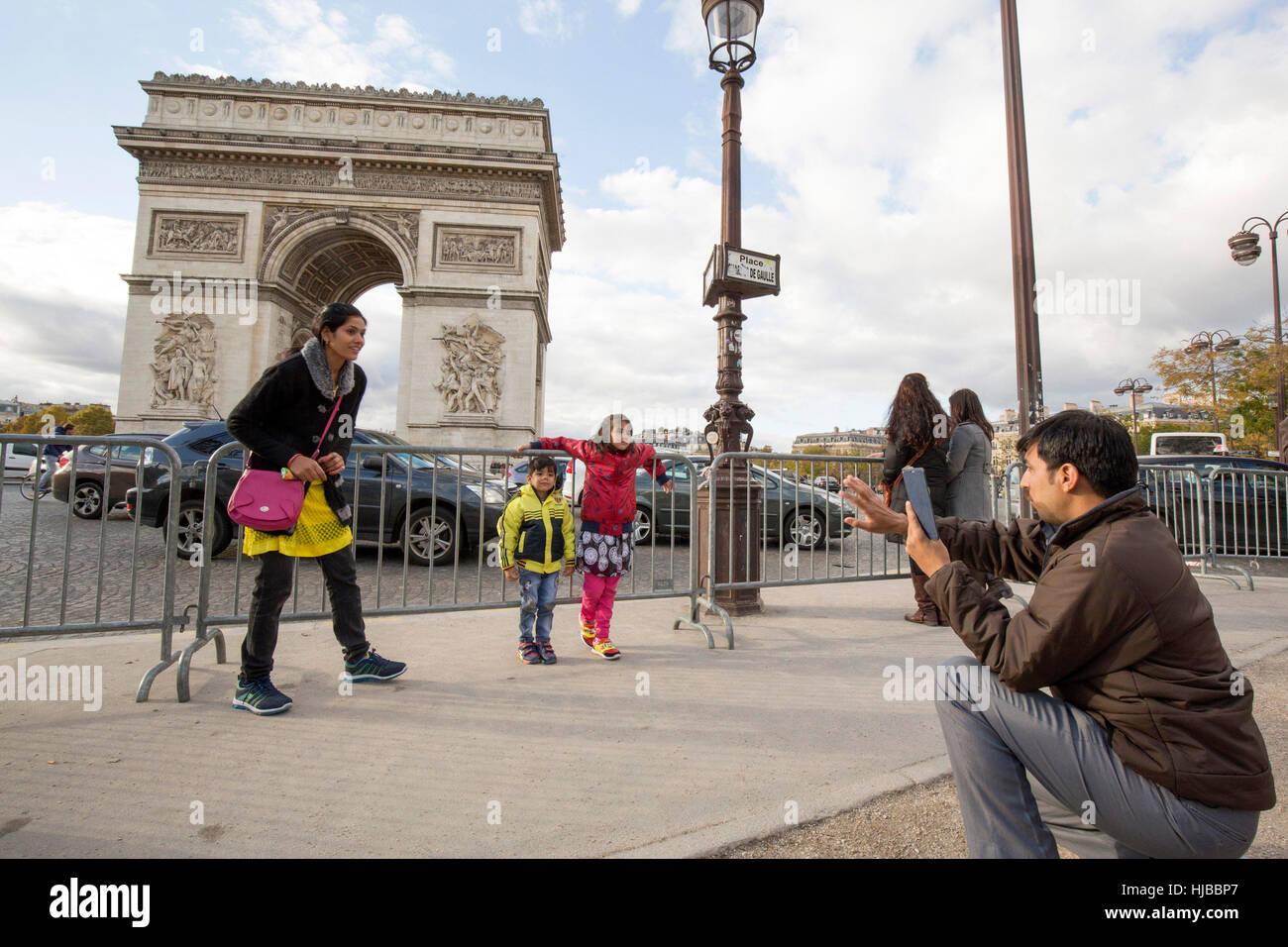 Indian tourists visiting Paris, Arc de Triomphe, France - Stock Image