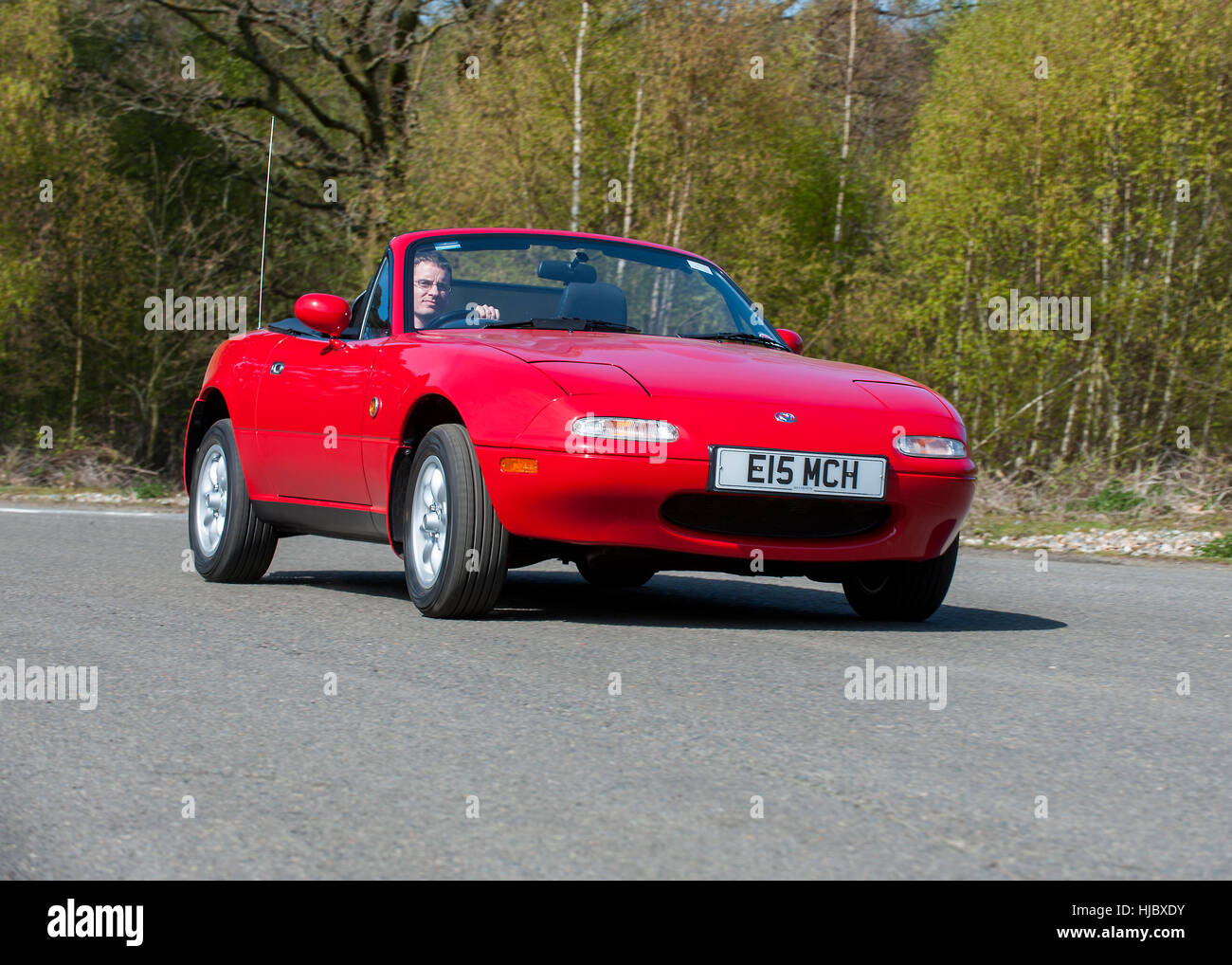 Mk1 Mazda MX5 Open Top Japanese Sports Car (1991   1998) Inspired By  Classic British 60s Sports Cars