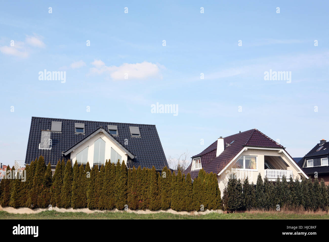 gartenbegrenzung stock photos & gartenbegrenzung stock images - alamy