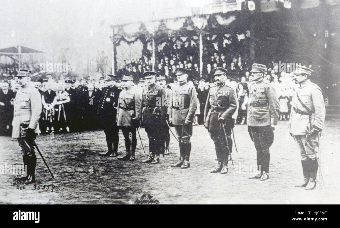 Antique c1918 photograph, The Allied Generals. At left is General Philippe Pétain, about to be promoted to - Stock Image