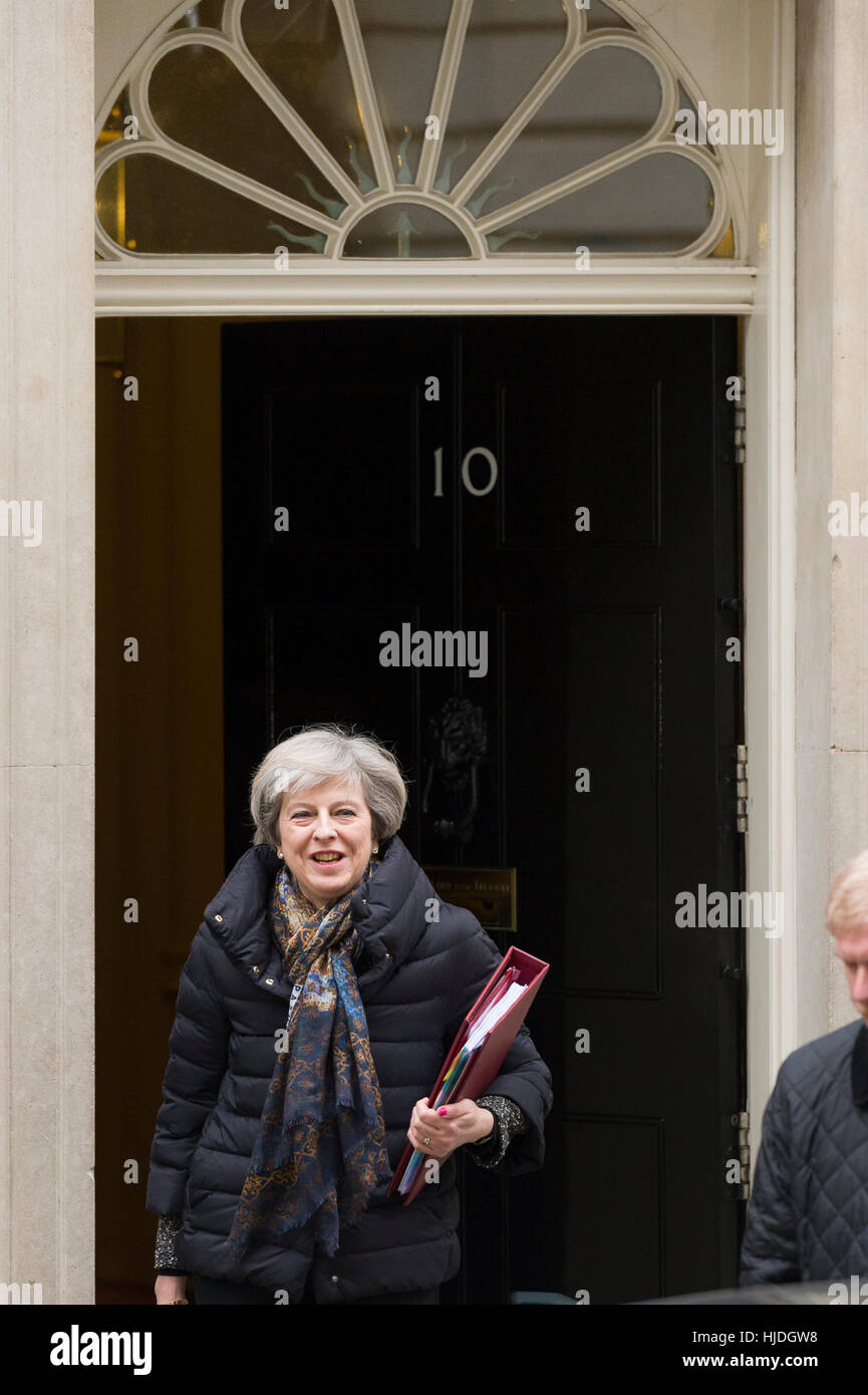 London, UK. 25th January, 2017. Theresa May, the British Prime Minister, leaving 10 Downing Street the official - Stock Image