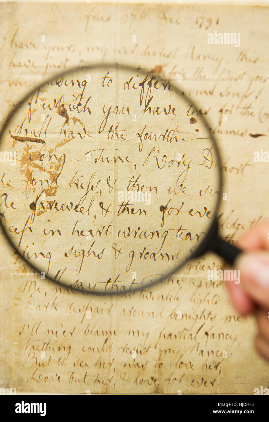 Glasgow, Scotland, UK. 25th January 2017. The fragile original manuscript of one of Robert BurnsÕ most famous - Stock Image